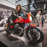 Moto Guzzi a MBE 2020 presenta la V85 TT versione Travel e la nuova V7 III Stone S
